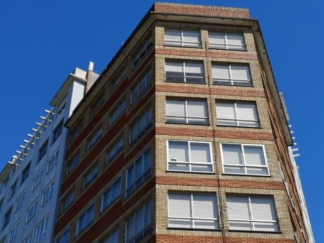 5 makuuhuone Asunto myytävänä paikassa Ferrol - 99 000 € (Ref: 6017795)