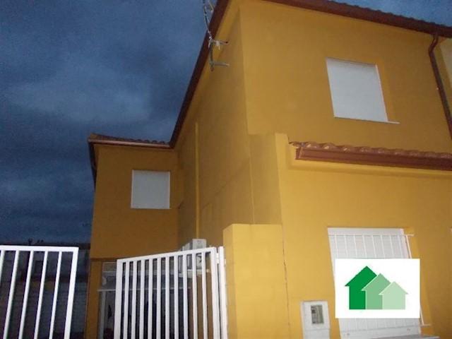 4 bedroom Villa for sale in Barbano - € 95,000 (Ref: 3804819)