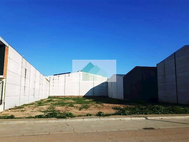 Landgrundstück zu verkaufen in Puebla de la Calzada - 64.000 € (Ref: 3806955)