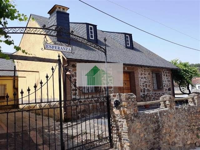 Chalet de 5 habitaciones en Helechosa de los Montes en venta - 135.000 € (Ref: 4923321)