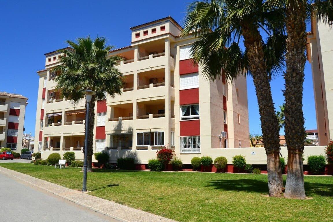 Apartamento de 2 habitaciones en Playa Flamenca en venta con piscina - 113.300 € (Ref: 4799795)