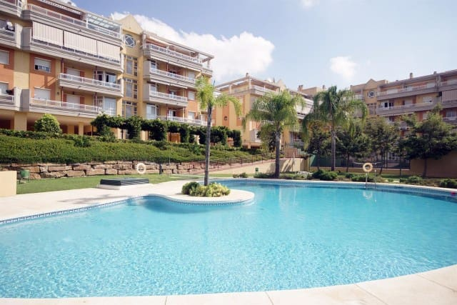 2 bedroom Apartment for sale in Marbella with pool garage - € 155,000 (Ref: 4335337)