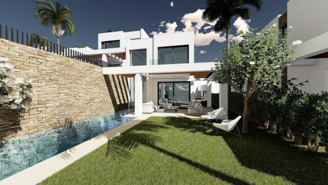 4 bedroom Townhouse for sale in Marbella with pool garage - € 995,000 (Ref: 4335528)