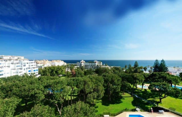 3 bedroom Apartment for sale in Marbella with pool garage - € 992,000 (Ref: 4335529)