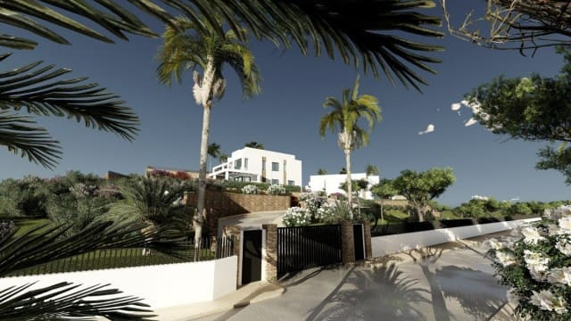 4 bedroom Townhouse for sale in Marbella with pool garage - € 825,000 (Ref: 4335545)