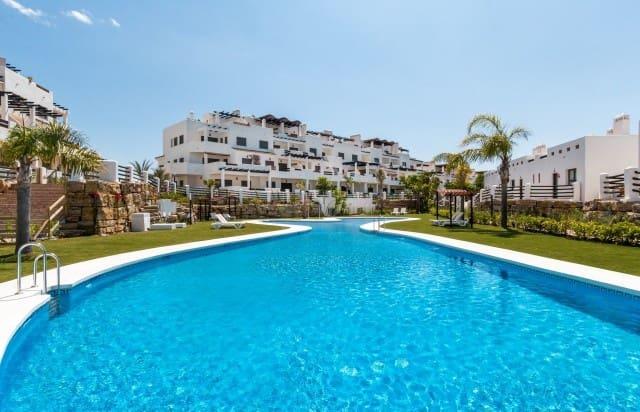 2 bedroom Villa for sale in Marbella with pool garage - € 429,000 (Ref: 4335586)
