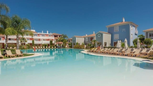 3 bedroom Apartment for sale in Marbella with pool garage - € 395,000 (Ref: 4335601)