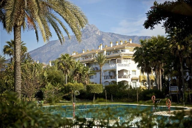 2 bedroom Apartment for sale in Marbella with pool garage - € 349,556 (Ref: 4335623)