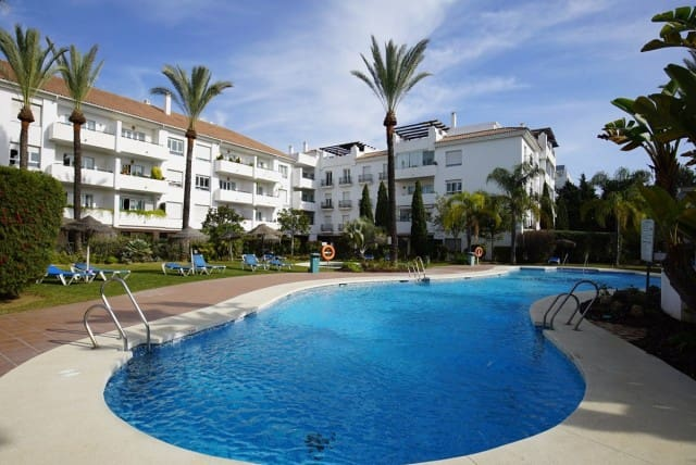 3 bedroom Apartment for sale in Marbella with pool garage - € 325,000 (Ref: 4335643)