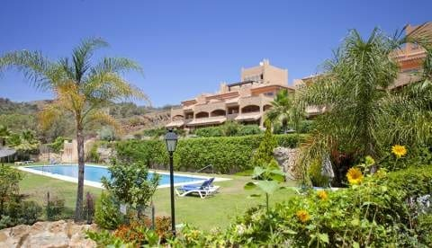 3 bedroom Apartment for sale in Marbella with pool garage - € 279,873 (Ref: 4335688)