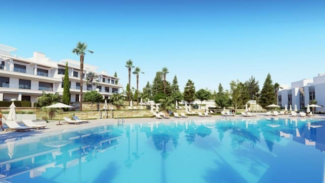 2 bedroom Townhouse for sale in Marbella with pool garage - € 272,000 (Ref: 4335702)