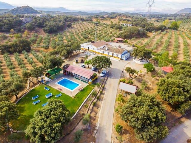 12 slaapkamer Finca/Landhuis te koop in Archidona met zwembad - € 535.000 (Ref: 3102662)