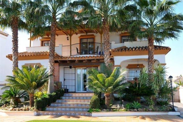 4 soveværelse Villa til salg i Alhaurin el Grande med garage - € 492.750 (Ref: 4548460)