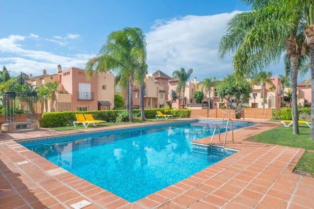 3 quarto Moradia em Banda para venda em Marbella com piscina garagem - 359 000 € (Ref: 4642820)