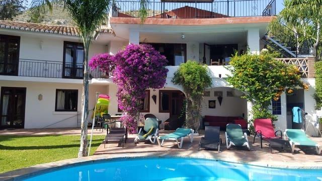 6 soveværelse Villa til salg i La Capellania med swimmingpool - € 895.000 (Ref: 4833690)