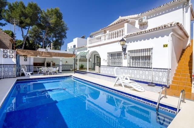4 soveværelse Villa til salg i Mijas Costa med swimmingpool garage - € 450.000 (Ref: 5047430)