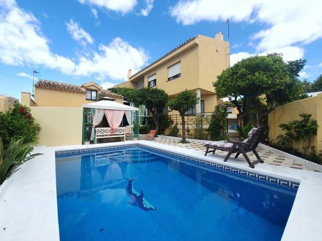 4 chambre Villa/Maison Mitoyenne à vendre à Arroyo de la Miel avec piscine - 480 000 € (Ref: 5390420)