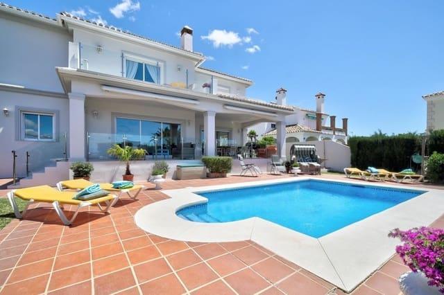 5 soveværelse Villa til salg i El Faro med swimmingpool garage - € 699.000 (Ref: 5635788)
