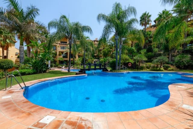 3 quarto Penthouse para venda em Atalaya-Isdabe com piscina - 550 000 € (Ref: 6115021)