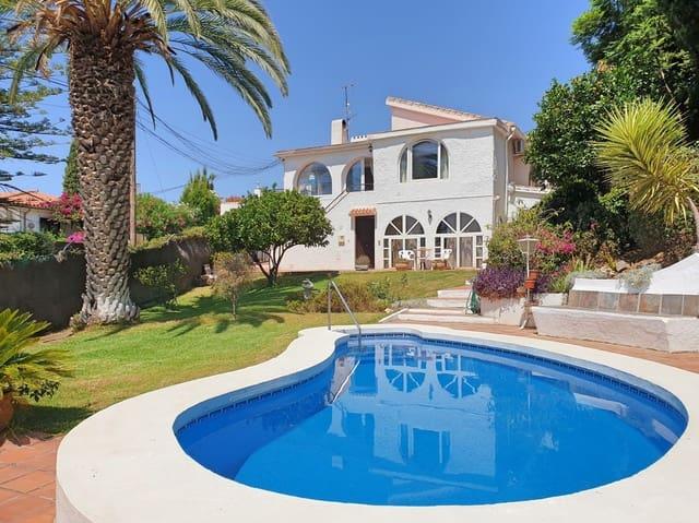 Chalet de 4 habitaciones en Mijas en venta con piscina garaje - 475.000 € (Ref: 3164252)
