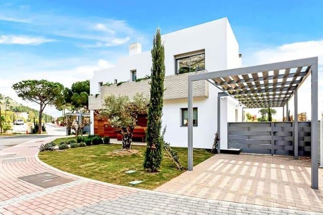 3 quarto Moradia Geminada para venda em Mijas - 565 000 € (Ref: 4833312)