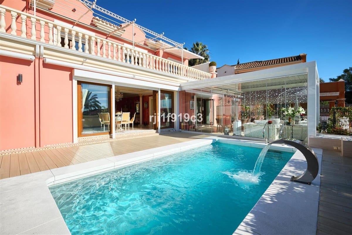 4 bedroom Villa for sale in Marbella with pool garage - € 1,495,000 (Ref: 4625679)