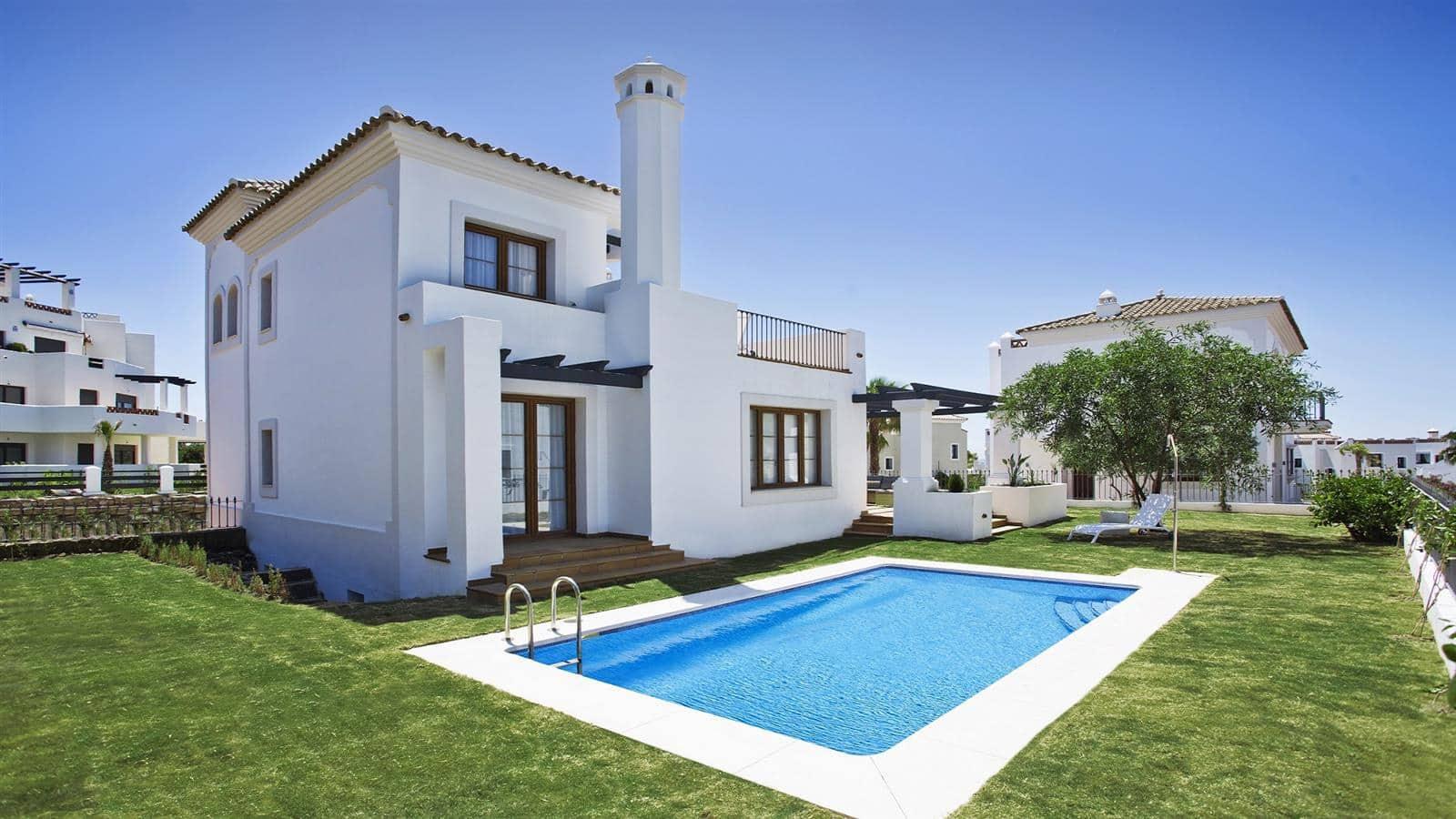 3 bedroom Villa for sale in Marbella with pool garage - € 560,000 (Ref: 5083725)