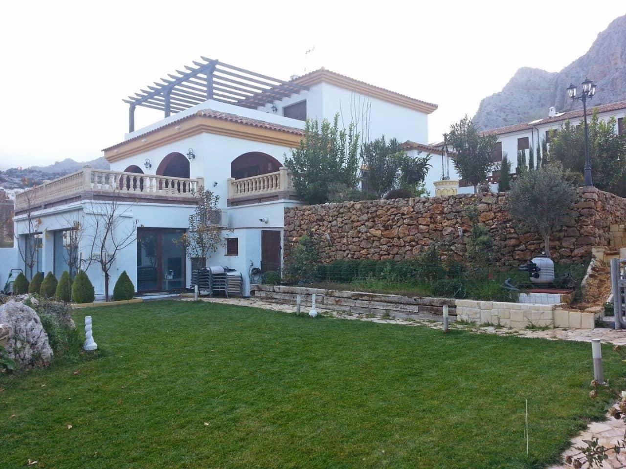 4 soverom Villa til salgs i Montejaque med svømmebasseng - € 410 000 (Ref: 5352215)