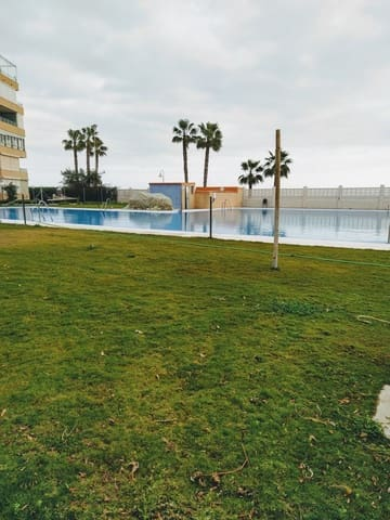 Studio te huur in Algarrobo - € 500 (Ref: 5476436)