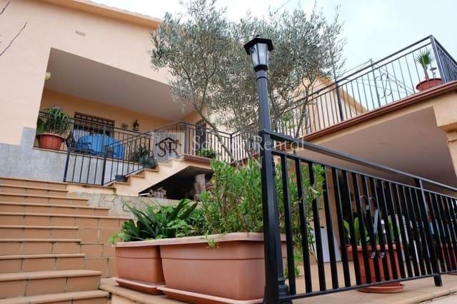 4 soverom Kjedet enebolig til salgs i Santa Susanna med garasje - € 198 000 (Ref: 3935745)