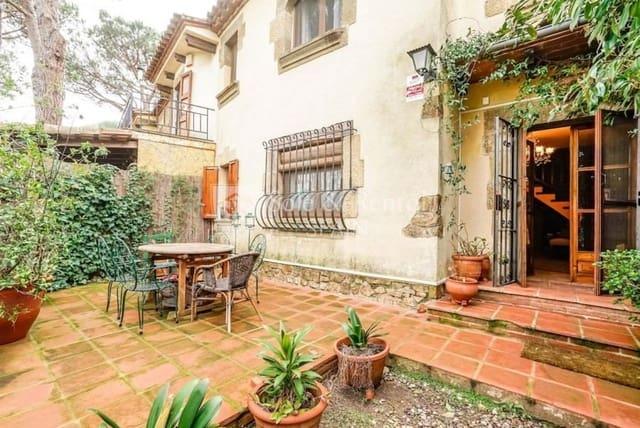 Pareado de 2 habitaciones en Santa Cristina d'Aro en venta - 210.000 € (Ref: 3969444)
