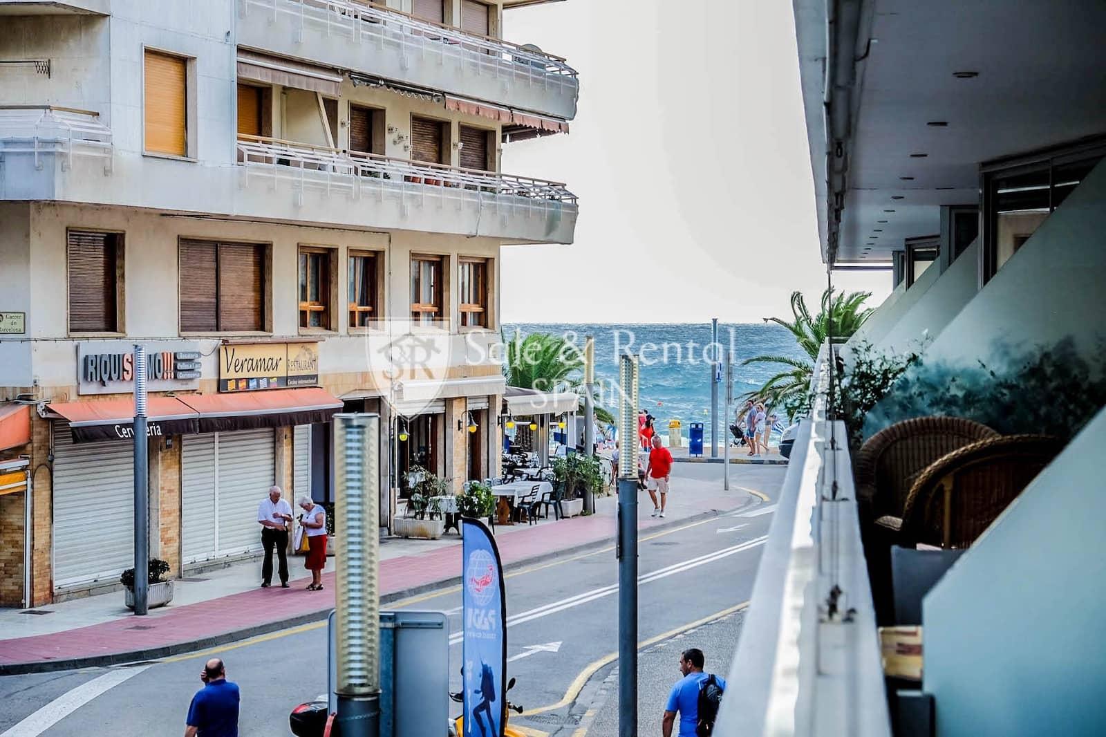 Piso de 3 habitaciones en Tossa de Mar en venta - 285.000 € (Ref: 4763446)