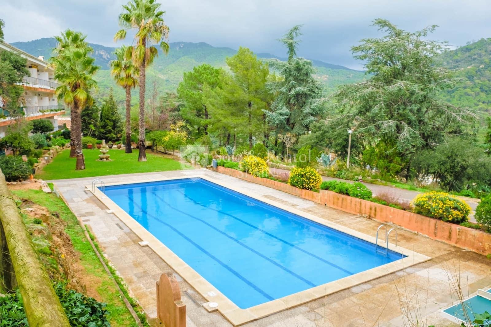 2 slaapkamer Halfvrijstaande villa te huur in Tossa de Mar met zwembad - € 800 (Ref: 5548759)