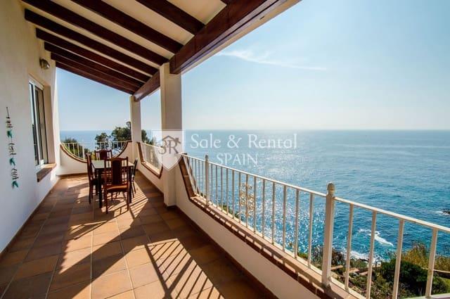 3 bedroom Villa for sale in Lloret de Mar with garage - € 950,000 (Ref: 5963150)
