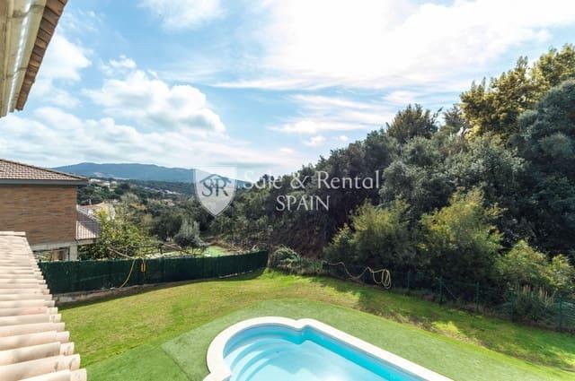 5 bedroom Villa for sale in Lloret de Mar with pool garage - € 299,000 (Ref: 5969320)