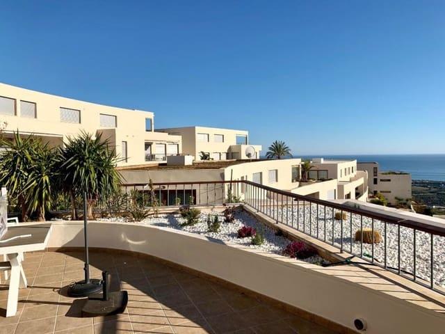 3 sypialnia Penthouse na sprzedaż w Los Monteros z basenem garażem - 720 000 € (Ref: 4494557)