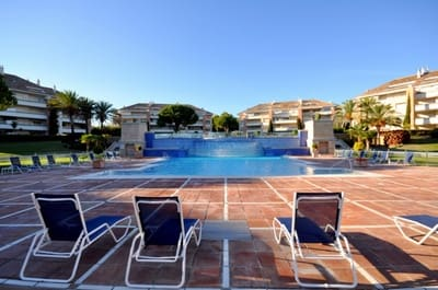 2 bedroom Apartment for rent in Golden Mile with pool - € 2,900 (Ref: 4875252)