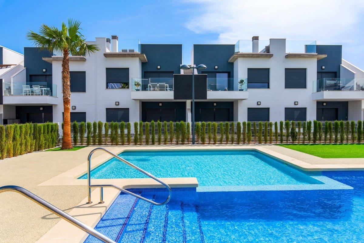 Bungalow de 2 habitaciones en Pilar de la Horadada en venta con piscina - 169.900 € (Ref: 4491734)