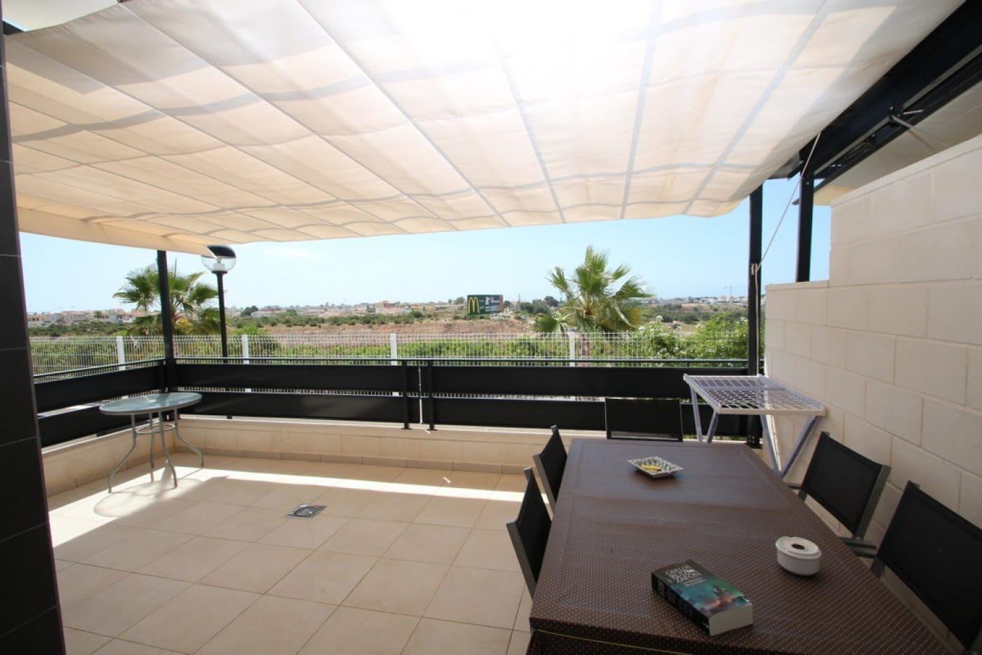 Adosado de 3 habitaciones en Cabo Roig en venta con piscina - 225.000 € (Ref: 4652129)