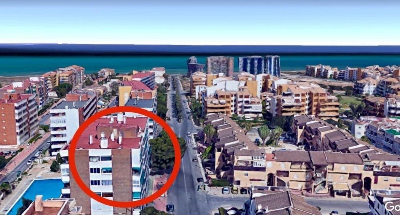 Ático de 2 habitaciones en Punta Prima en venta con piscina - 119.000 € (Ref: 5042286)