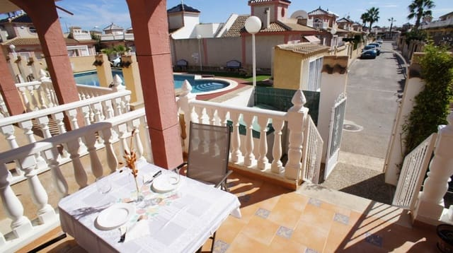 2 quarto Bungalow para arrendar em Playa Flamenca com piscina - 600 € (Ref: 6183467)