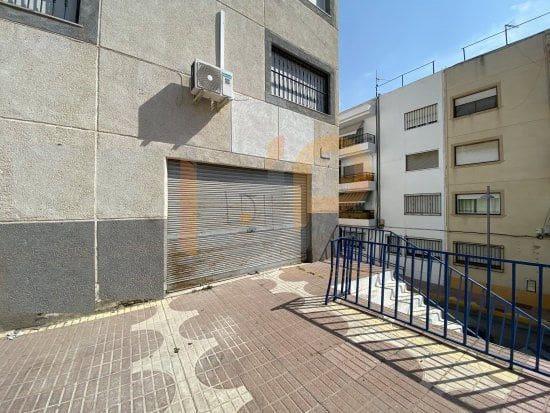 Local Comercial de 2 habitaciones en Huércal-Overa en venta - 90.000 € (Ref: 5430387)