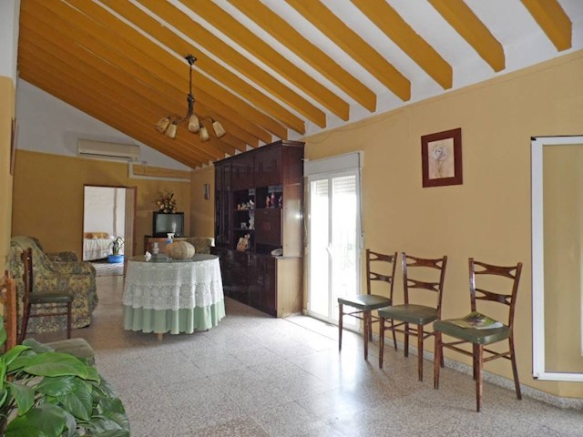 2 bedroom Apartment for sale in Triana - € 70,000 (Ref: 3122389)