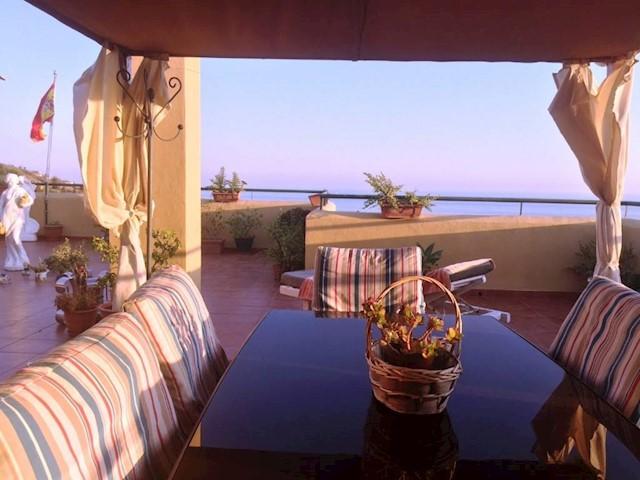 2 soveværelse Lejlighed til salg i Almayate med swimmingpool - € 257.250 (Ref: 3593442)