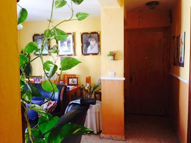 3 makuuhuone Asunto myytävänä paikassa Torrox - 80 000 € (Ref: 3600916)