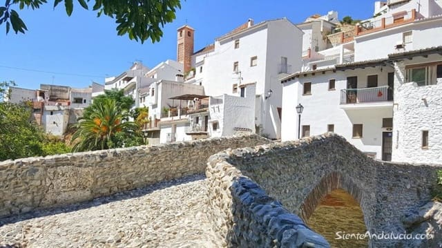 3 soveværelse Byhus til salg i Salares - € 76.000 (Ref: 4054299)