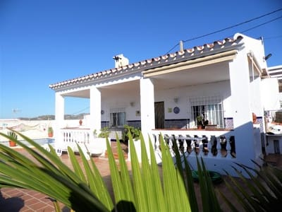 2 bedroom Finca/Country House for sale in Torrox-Costa with pool - € 280,000 (Ref: 4183130)