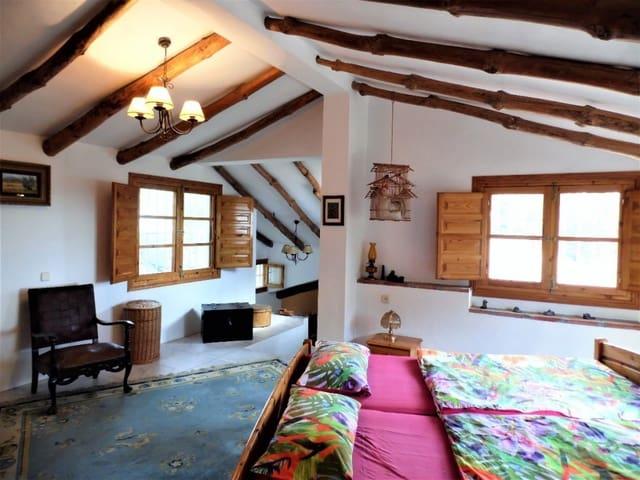 4 quarto Quinta/Casa Rural para venda em Canillas de Albaida com piscina garagem - 459 000 € (Ref: 4242188)