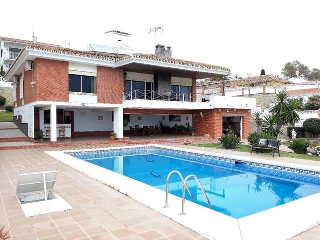 4 soveværelse Villa til salg i Benajarafe med swimmingpool garage - € 760.000 (Ref: 4644154)