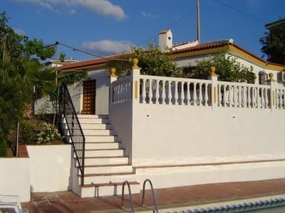 3 bedroom Finca/Country House for sale in Iznate with pool garage - € 249,000 (Ref: 4677001)